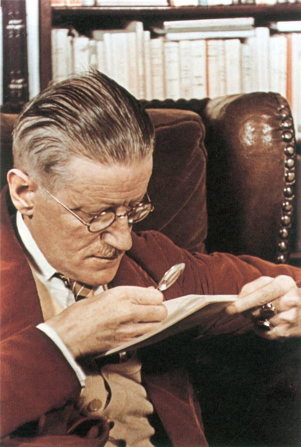 O escritor James Joyce, fotografado por Gisèle Freund, em 1939.