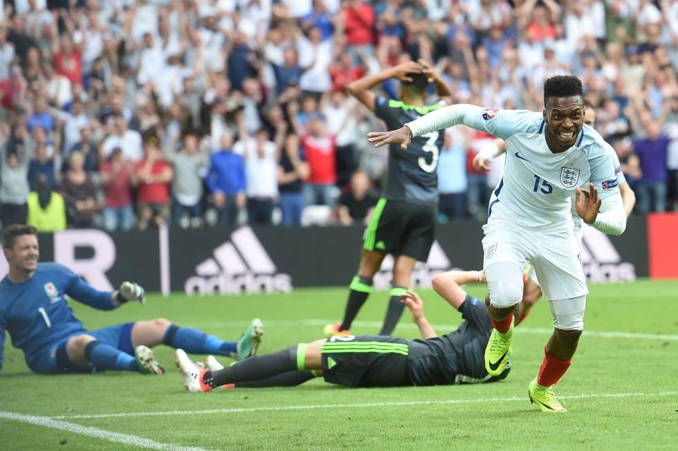 Sturridge celebra o gol que deu a vitória à Inglaterra.