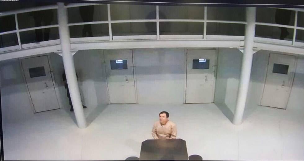 Joaquín Guzmán Loera, El Chapo, na prisão de Ciudad Juárez, em uma foto difundida pelo Governo mexicano.