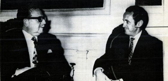 Salvador Allende recebe o ministro espanhol Gregorio López Bravo, em 1971.