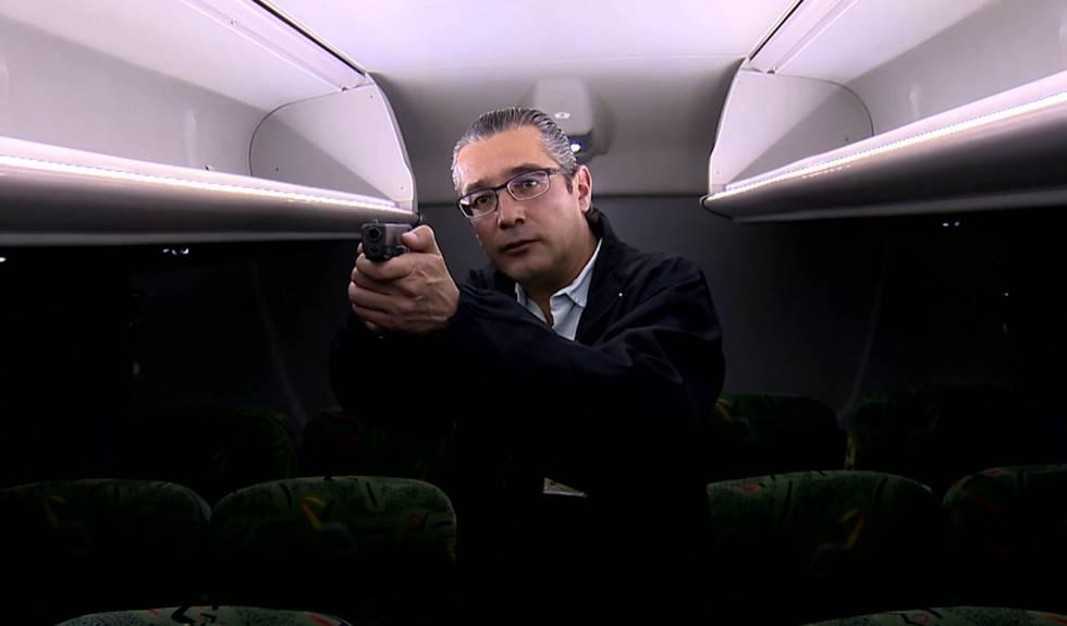 O procurador responsável pela investigação do justiceiro do ônibus explica o assassinato.