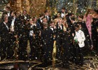 Iñárritu volta a ganhar o prêmio de melhor direção, DiCaprio ganha finalmente a estatueta na categoria de ator e Brie Larson leva a premiação de melhor atriz.  Mad Max  triunfa nas categorias técnicas