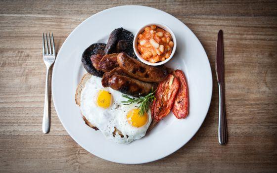 Café da manhã inglês.