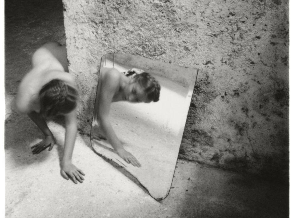 'Self deceit 1', Roma, 1978 © George and Betty Woodman.