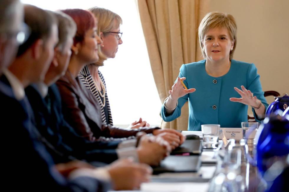 Nicola Sturgeon, primeira-ministra da Escócia e líder do Partido Nacional Escocês.
