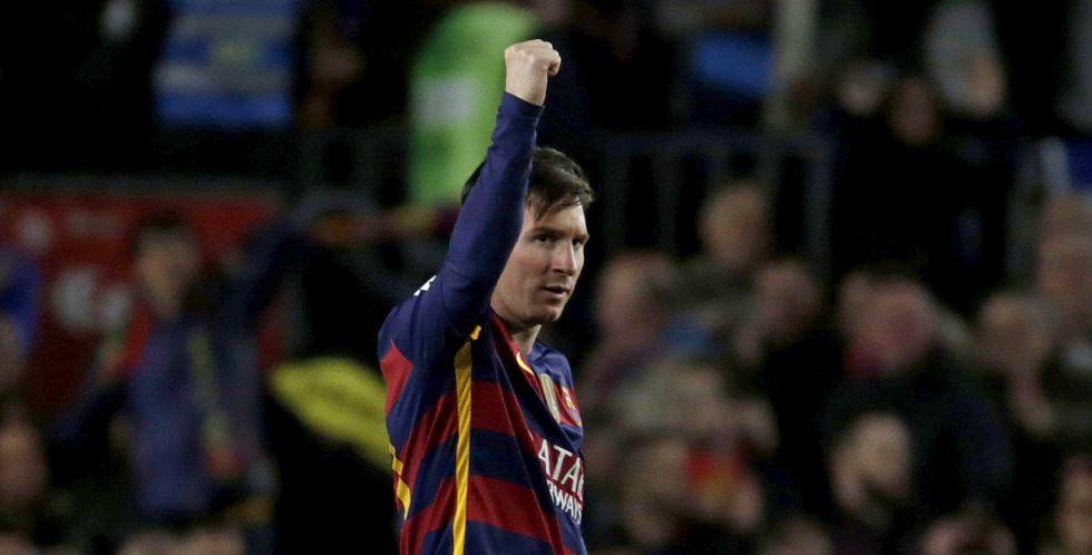 Messi marcou golaço de falta e empatou.