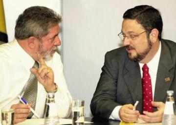 Delatores falam em  saldo amigo  à disposição de Lula e um milhão para reforma em sítio. Defesa de ex-presidente diz que delações provam que petista não cometeu crime