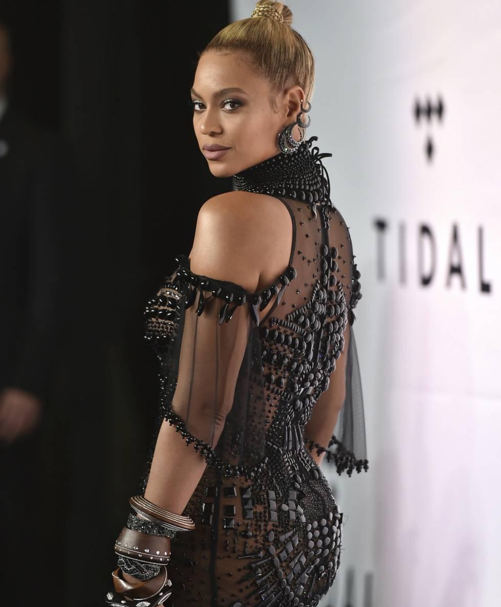A cantora Beyonce: ícone sexy, referência de autoestima e e uma das porta-vozes do empoderamento feminino na música.