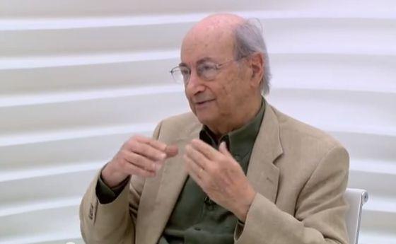 Jorge Wilheim durante entrevista ao Roda Viva, em fevereiro de 2013.