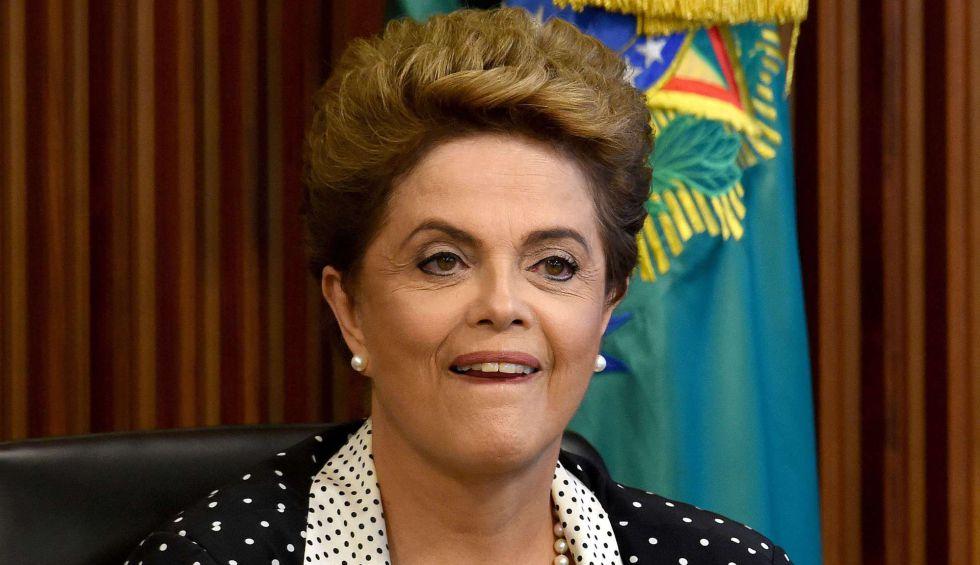 A presidenta Dilma Rousseff, em reunião sobre o zika na segunda-feira.
