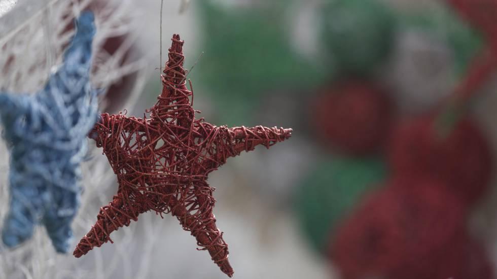 Enfeites de Natal feitos à mão
