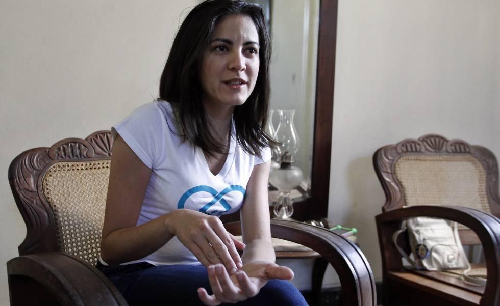 Opositora Rosa María Payá fala sobre as eleições em Cuba