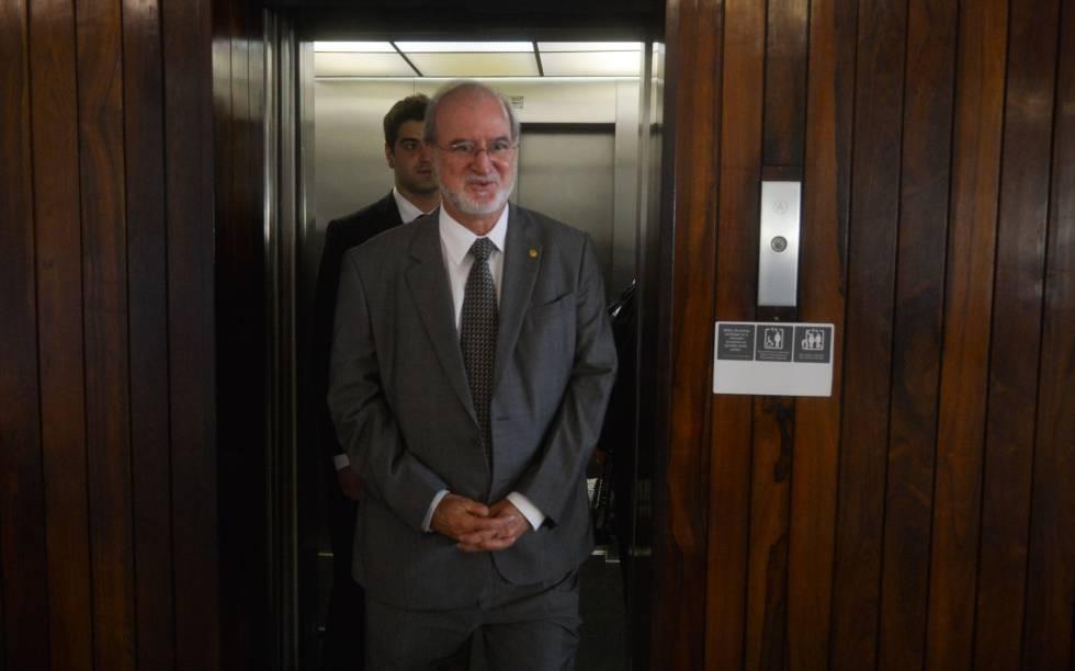 O ex-governador de Minas Gerais Eduardo Azeredo (PSDB) em fevereiro de 2014.