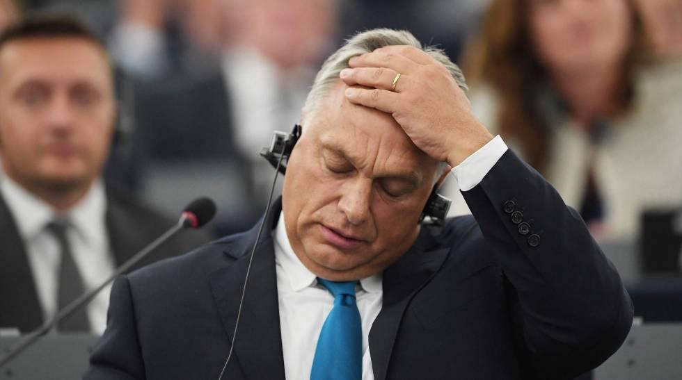 Viktor Orbán, durante debate nesta terça-feira em Estrasburgo