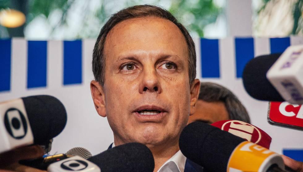 O prefeito João Doria, em ato de comemoração dos dois meses do Corujão.