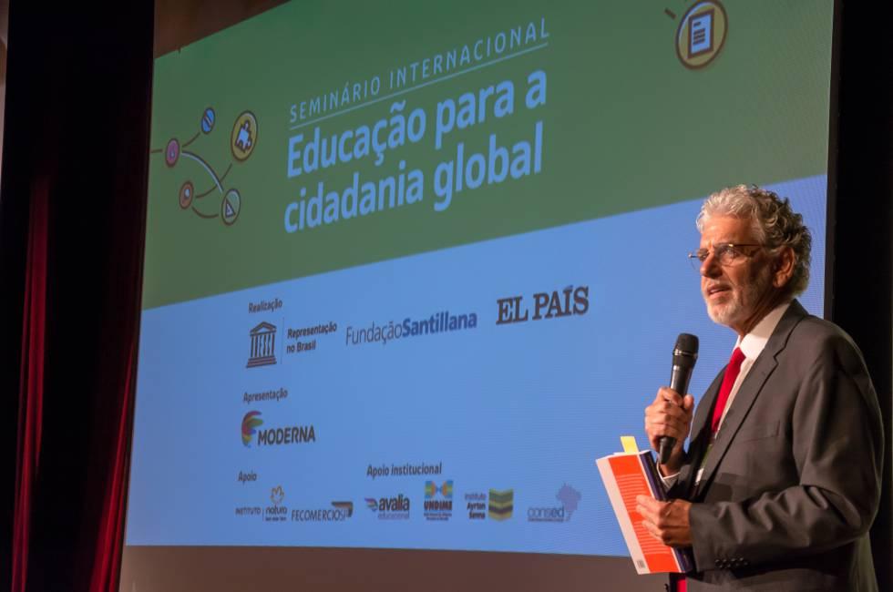 Cesar Callegari, conselheiro do CNE, durante evento de educação na última quinta.