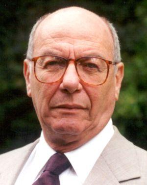O professor da USP José Arthur Giannotti.