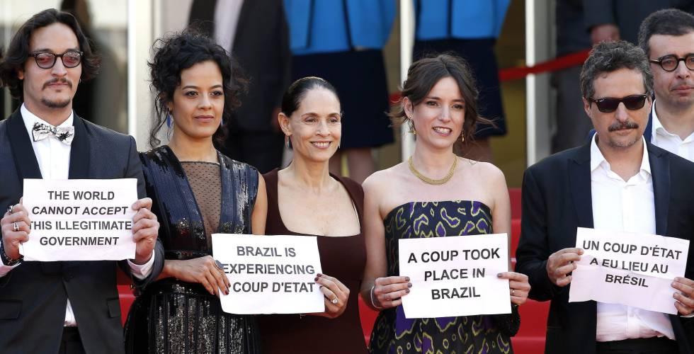 Protestos de brasileiros em Cannes