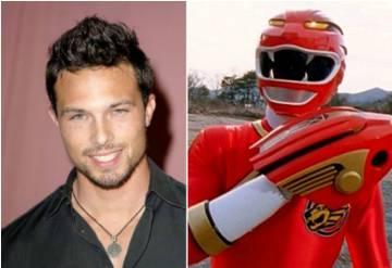 Ricardo Medina e, à direita, o Power Ranger vermelho.
