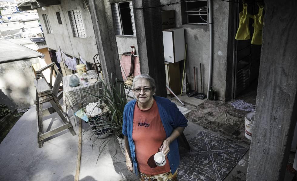 Aos 66 anos, Nailda Mendes de Moraes Silva não sabe se algum dia conseguirá se aposentar.