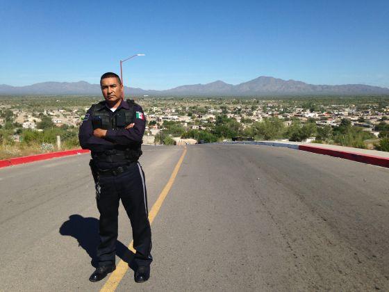 Manuel Vázquez, policial municipal de Caborca (Sonora).