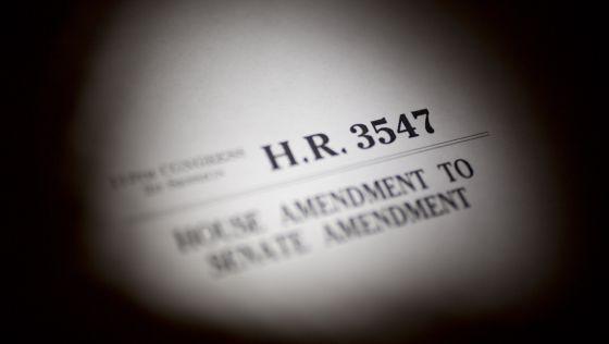 Texto da lei orçamentária dos EUA para 2014. / Andrew Harrer (Bloomberg)