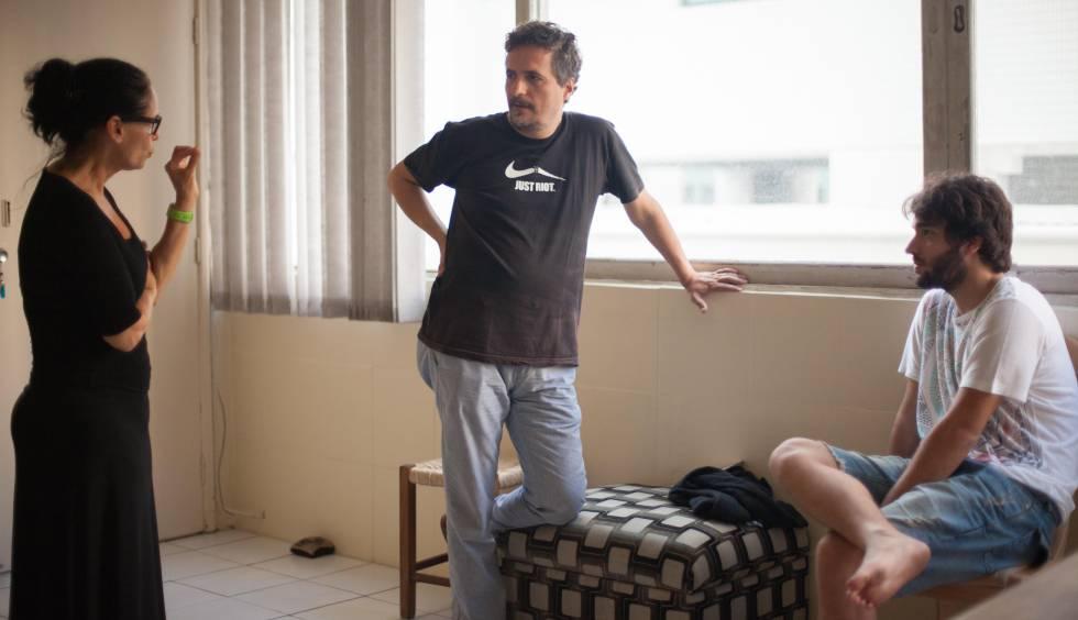 Sonia Braga, o diretor e o ator Humberto Carrão.