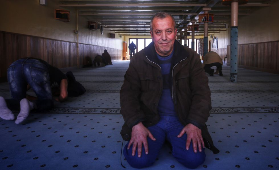 Hocine Benabderrahmane, imã de uma mesquita de Bruxelas.