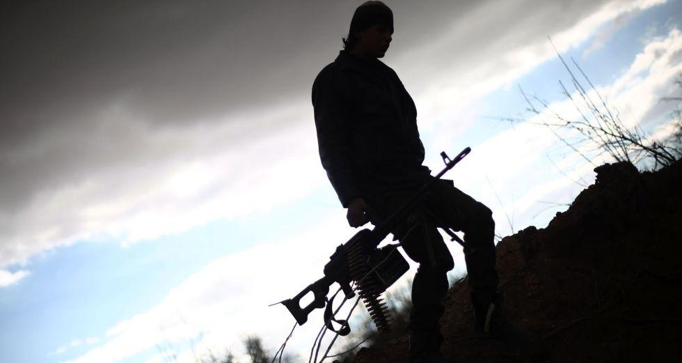Combatente do Jaysh al-Islam nas proximidades de Damasco.