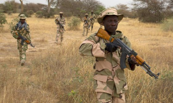 Soldados nigerianos, em uma missão de treinamento no Níger.