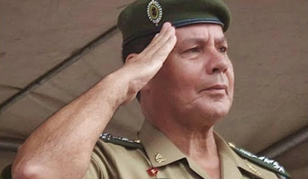 O general Hamilton Mourão.
