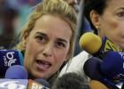Lilian Tintori e a mãe do opositor venezuelano afirmam que foram obrigadas a despir-se no presídio de Ramo Verde, em Caracas