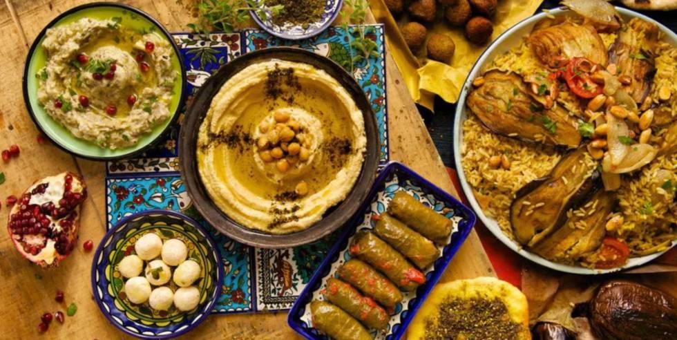 Pratos árabes do Majaz.