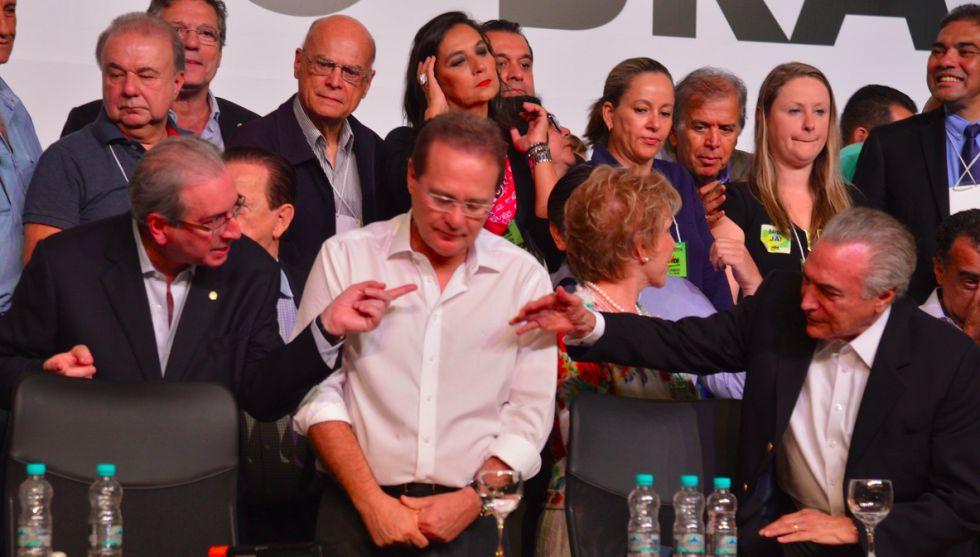 Eduardo Cunha, Renan Calheiros e Michel Temer em convenção do PMDB em Brasília, em março.