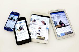 Telefonos moviles e tablets com a aplicacion do diário O Pais