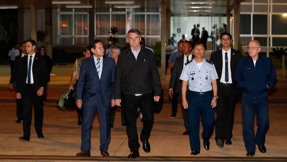 Bolsonaro, antes de embarcar rumo ao Japão.