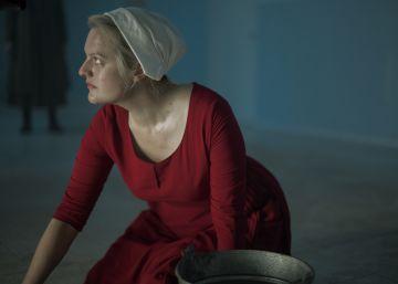 A aterradora 'The Handmaid's Tale', depois de uma temporada impactante e outra decepcionante, precisa recuperar o tino