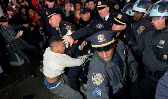 Protestos em Nova York pelo caso Brown.
