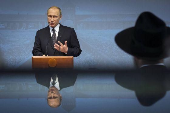 Presidente Vladimir Putin em discurso para lembrar a libertação de Auschwitz.