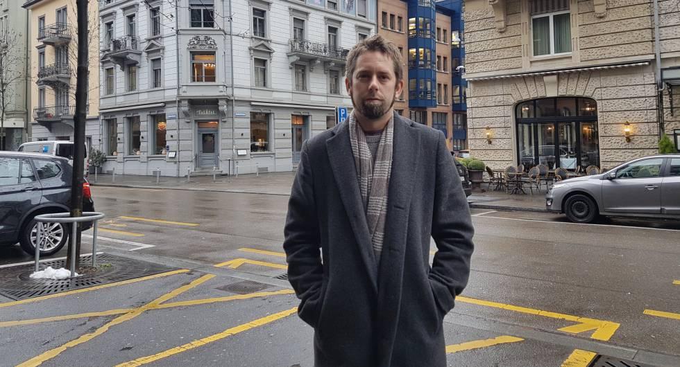 Peter Dahlin, em um autorretrato feito em Zurique.