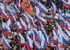 Polícia calcula que 16.000 pessoas participaram do ato de homenagem a Nemtsov, enquanto organizadores falam em 70.000