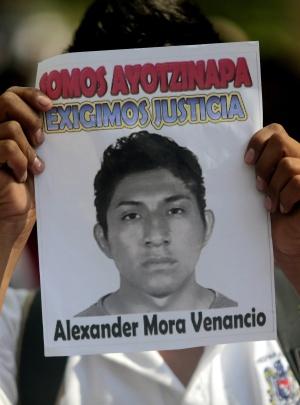 Foto de Alexander Mora, o jovem cujos restos foram identificados.
