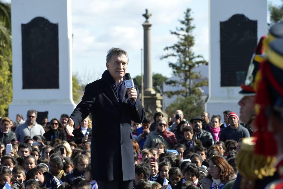 Macri, durante um ato público ao completar seis meses no poder.