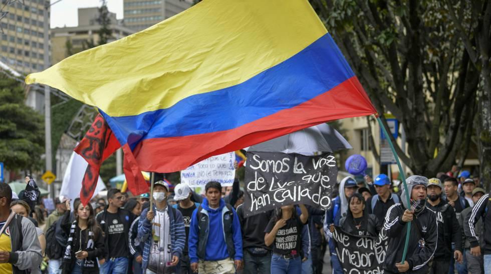 O protesto nas ruas de Bogotá, nesta quarta-feira.