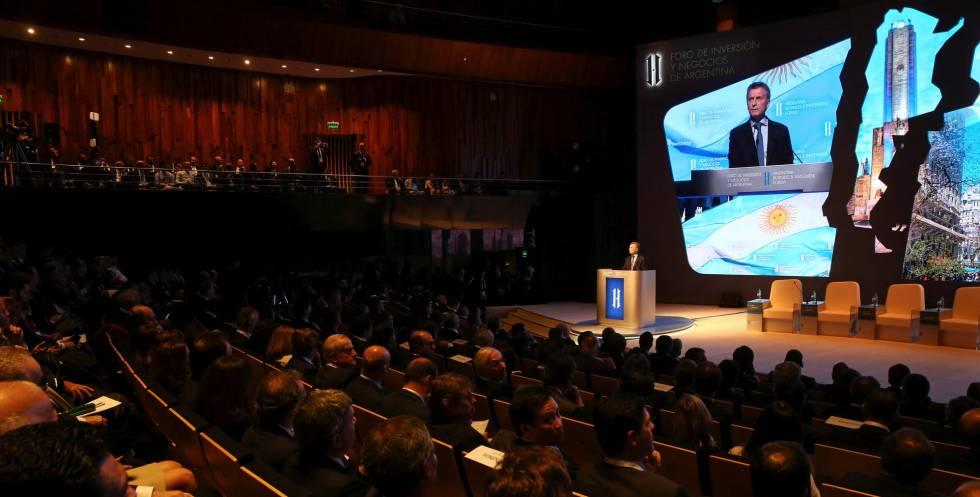 Macri discursa na cerimônia de abertura do fórum Argentina Negócios e Investimento.
