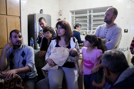 Família síria refugiada divide casa em São Paulo.