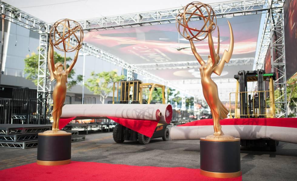 Preparação para o 68º Emmy Awards.