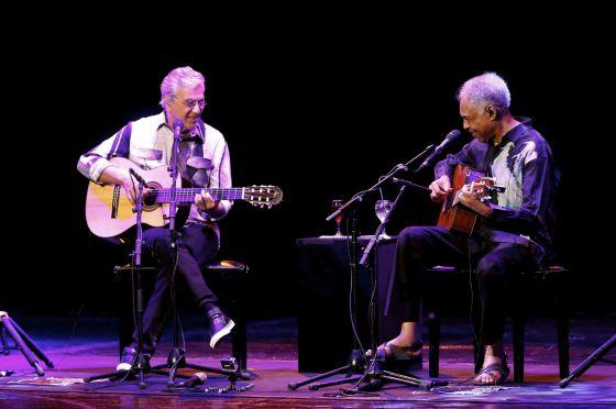Caetano Veloso e Gilberto Gil no Teatro Real de Madri.