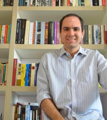 Rodrigo Cássio Oliveira, doutor em Estética e Filosofia da Arte pela UFMG.