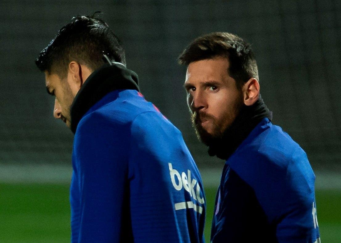 Suárez e Messi em treino do Barcelona.